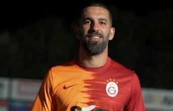 Galatasaray'da dört yeni transferin lisansı...