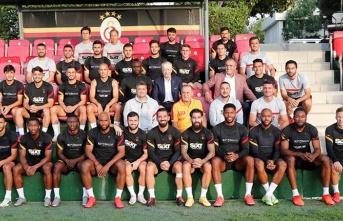Galatasaray'da kaderi belirleyecek kritik karar!