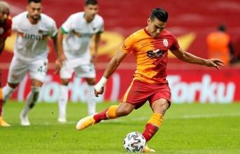Galatasaray'da iki kral, bir gol!