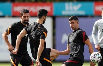 Galatasaray'da yönetimden maaş kararı