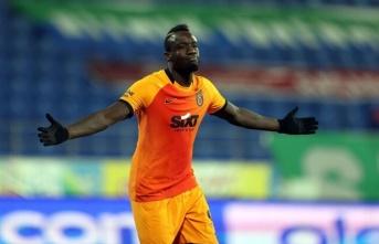 Galatasaray'da Diagne kendini kabul ettirdi