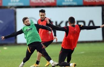 Galatasaray yerli oyuncular ile zirveye uçtu