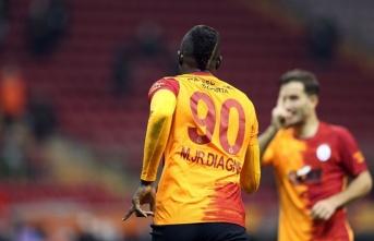 Transfer listesine koyuldu, golleri sıraladı!