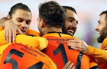 Galatasaray'da sürpriz!