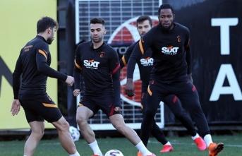 Galatasaray'da yeni transfer planı: Sağ bek...