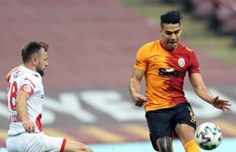 """Falcao: """"Hocam Kadıköy'de oynarım!"""""""
