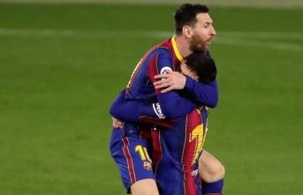 Leo Messi, Barcelona'yı yarışta tuttu