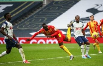 Mbaye Diagne, WBA'ya umut verdi
