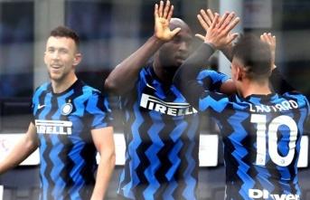 Milano derbisinde Inter şov!