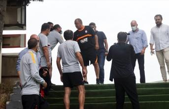 Galatasaray'da Emre Aşık sürprizi!