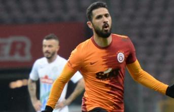 Galatasaray'da sıradaki imza Emre Akbaba'yla