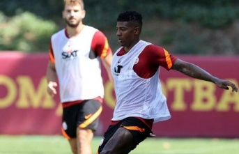 Galatasaray'da van Aanholt siftah yaptı! Taylan...