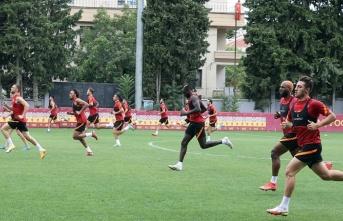 Galatasaray'ın yeni 6 numarası Aliou Dieng mi...