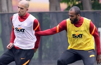 Galatasaray'da gol yemeyen savunma iş başında