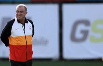 Galatasaray'da sağ bek için 4 aday!